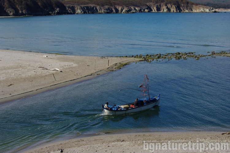 Рибари-Ропотамо-устие-коса-семейно-пътуване-09