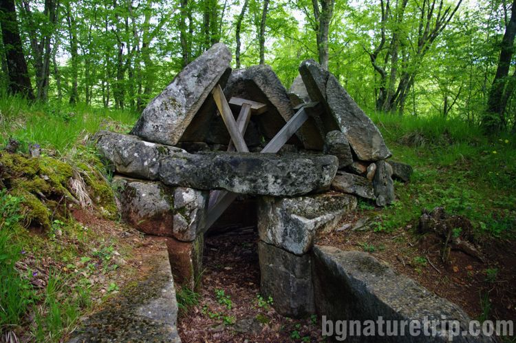 Разходка-екопътека-Странджа Малко Търново Пропада-Куполна-тракийска-гробница