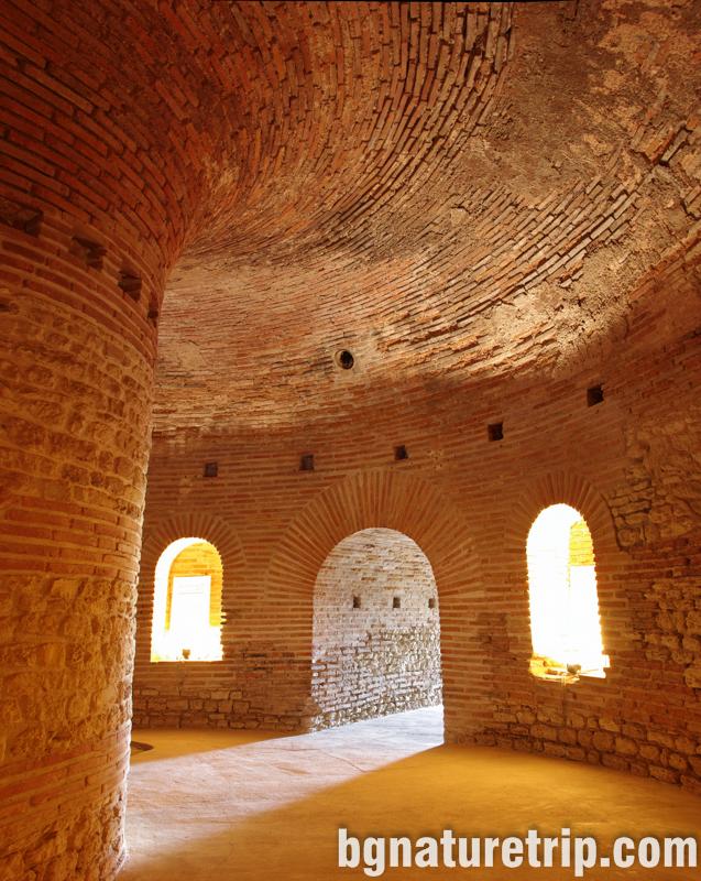 Поморие-археология-куполна-гробница-камера-куха-могила-мавзолей