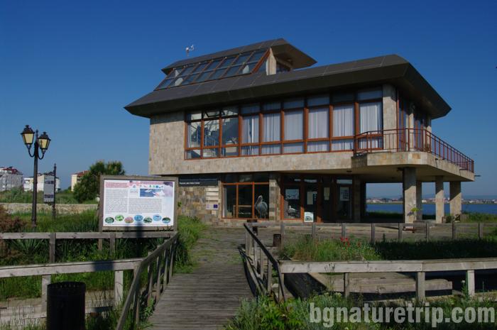 Поморие-помоирийско-езеро-посетителски-център-птицинаблюдение