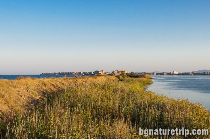 Поморийско езеро