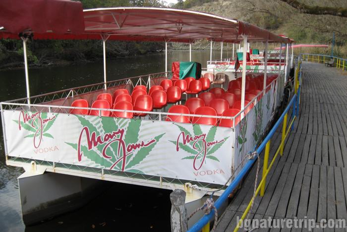 река Ропотамо-лодка-пристан-разходка-Приморско