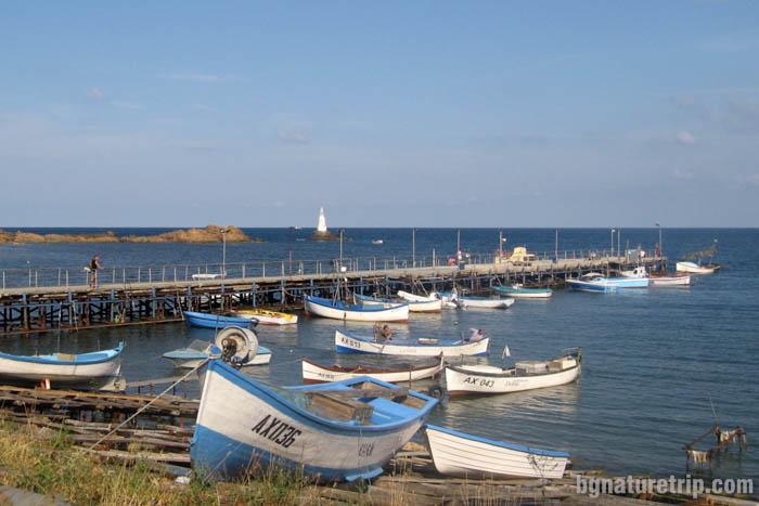 Рибарски пристан на Ахтопол
