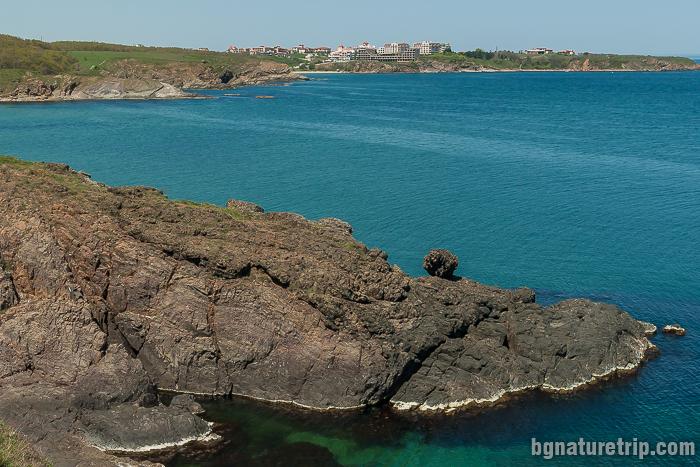 Скалата на Сизиф покрай плаж Липите