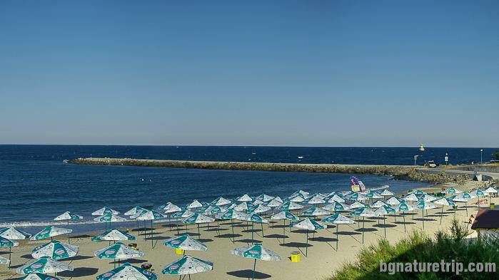 Началото на източен плаж - Поморие