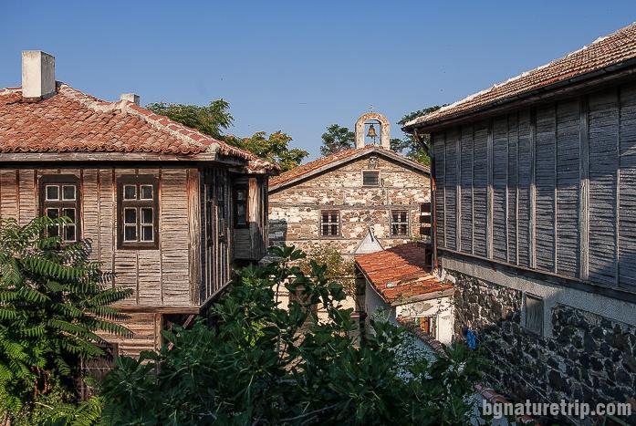 """Старите къщи в """"Старият град"""" на Поморие"""