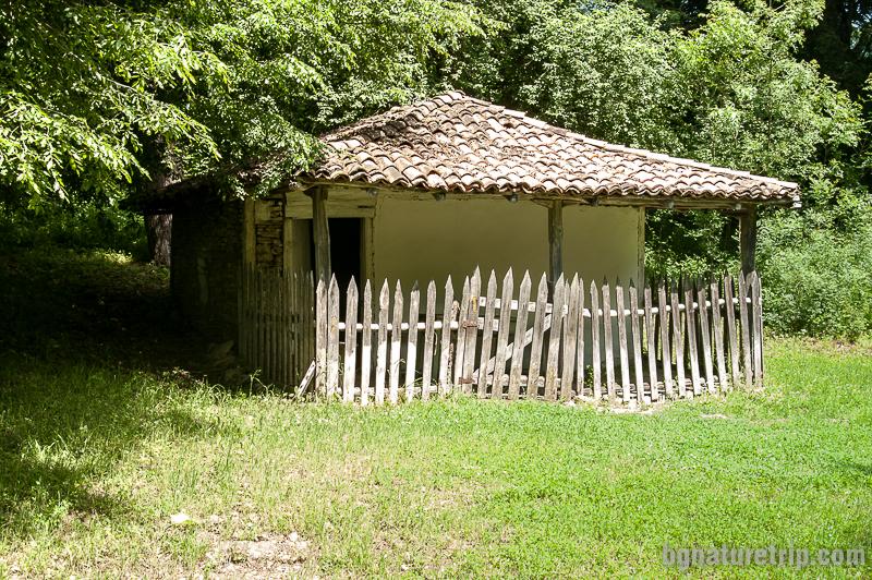 Параклисът - дом на Св. Илия - покровител на село Кости
