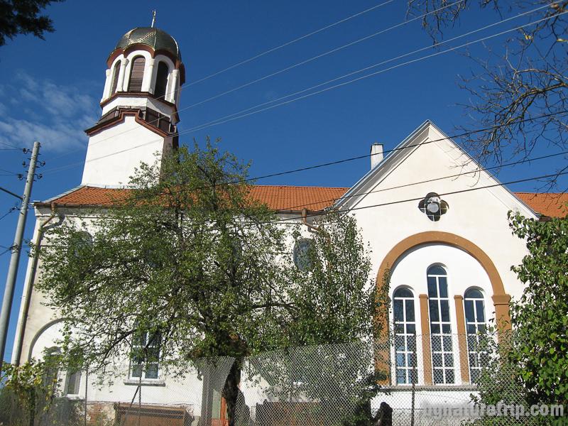 """Католическа църква """"Успение Богородично"""" в Малко Търново"""