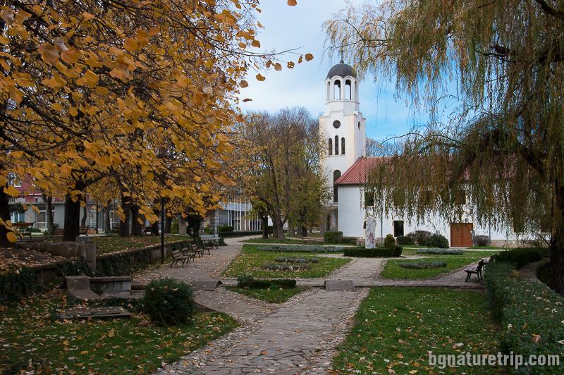 Църквата Успение Богородично в Малко Търново