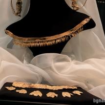 Златните накити на Лесескепра изложени в Бургас