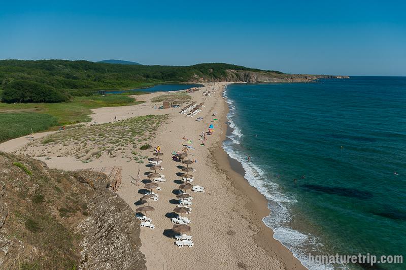 """Северен плаж на Синеморец, където се намира """"Сфинксът"""""""