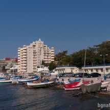 """Обновеното и разширено рибарско пристанище в Стария град близо до хотел """"Поморие"""""""