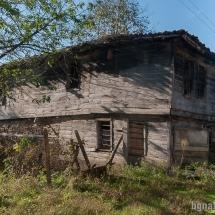 06- Стари къщи в село Кости