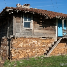 Стари къщи в Бръшлян - 04