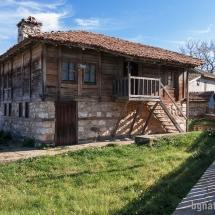 Стари къщи в Бръшлян - 02