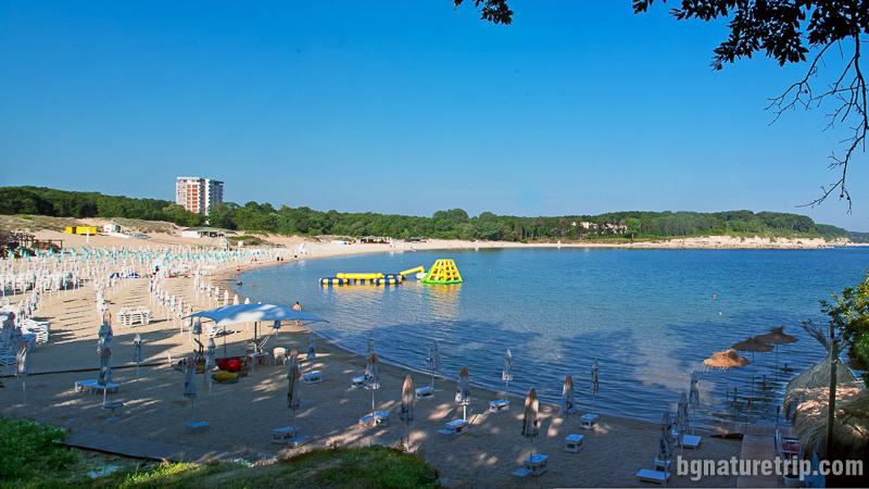 Плажът Атлиман в северната част на Китен