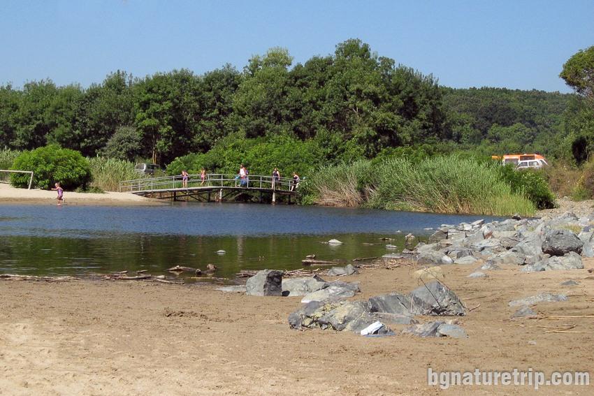 Мостче за прекосяване на река Силистар