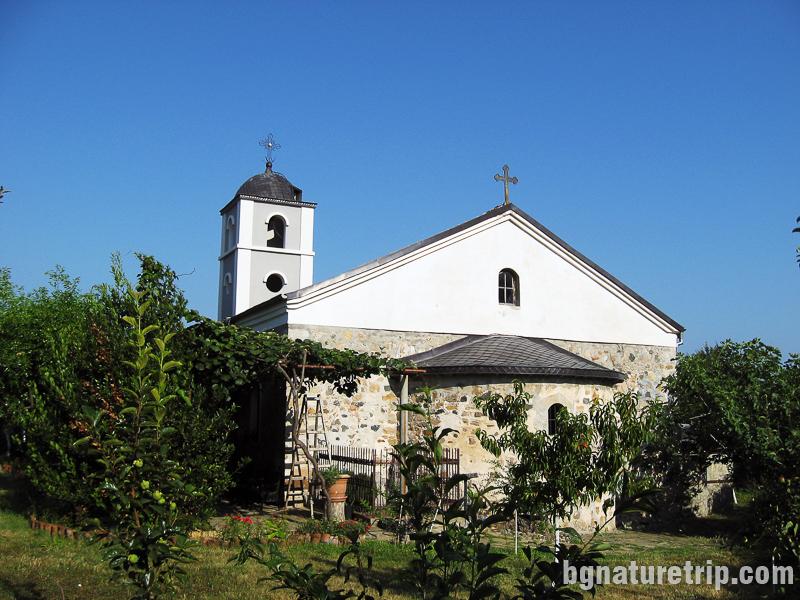 Църквата Св. Никола в Черноморец