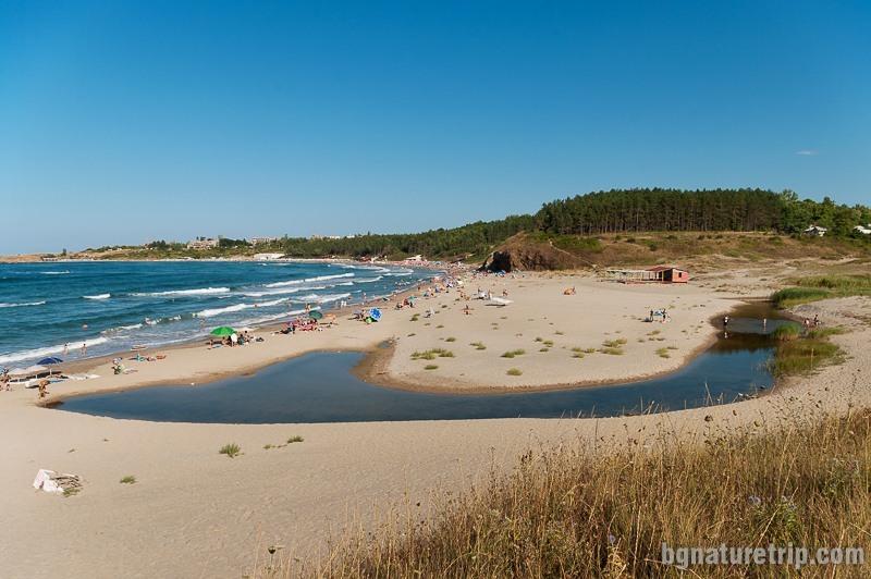 """Северен плаж на Ахтопол, където е """"Наково кладенче"""""""