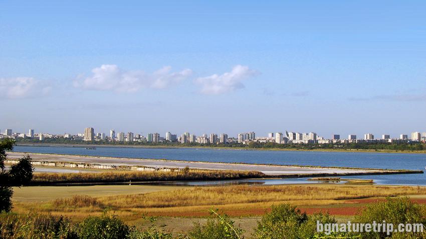 Атанасовско езеро край Бургас