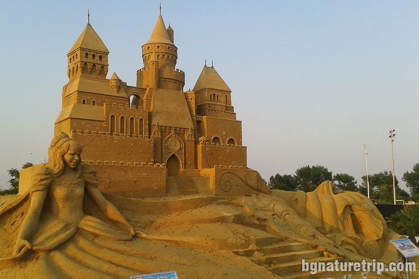 Пясъчен замък - 2019 - фестивал на пясъчните фигури в Бургас