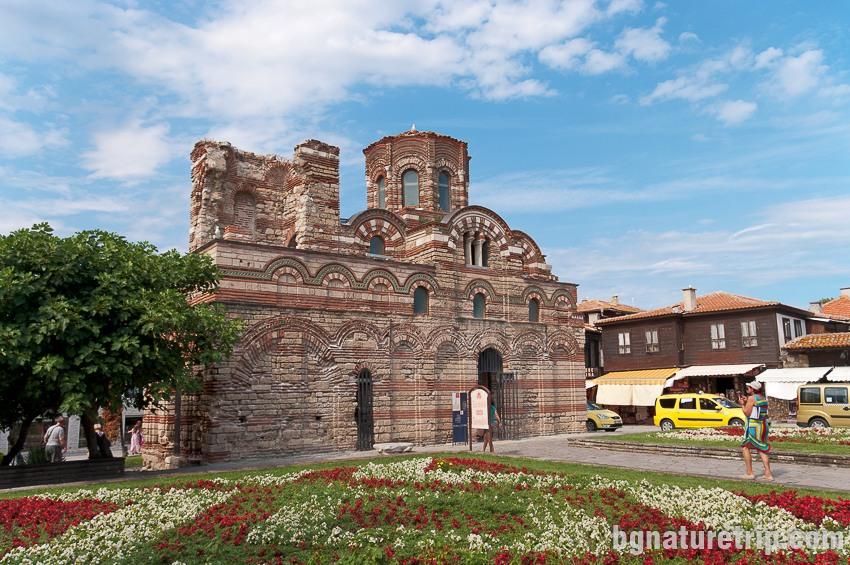 Църквата Христос Пантократор  в Несебър, старата част