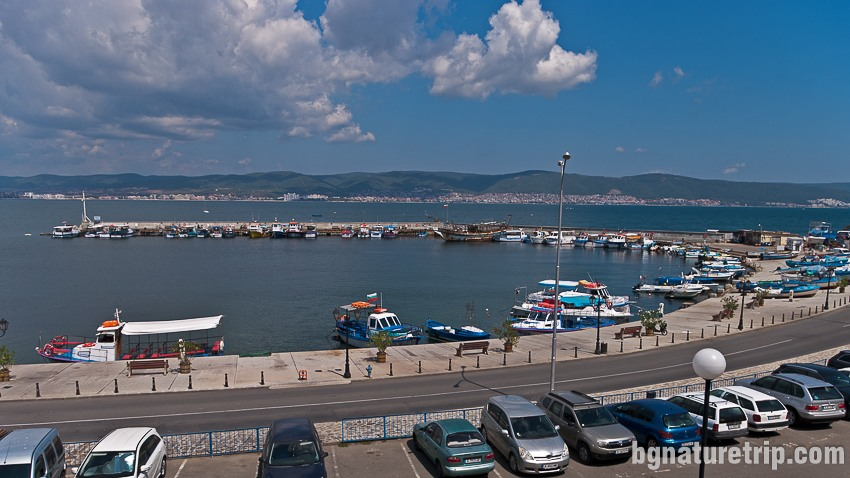 Рибарското пристанище на Несебър