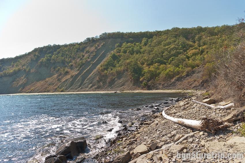 """Диви плажове между """"Смриките"""" и Иракли"""