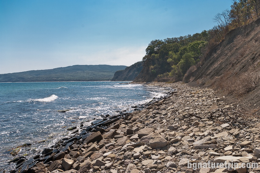 "Камениста ивица - 1 км между ""Смриките"" и Иракли"