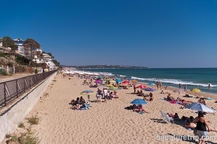 Централен плаж Обзор