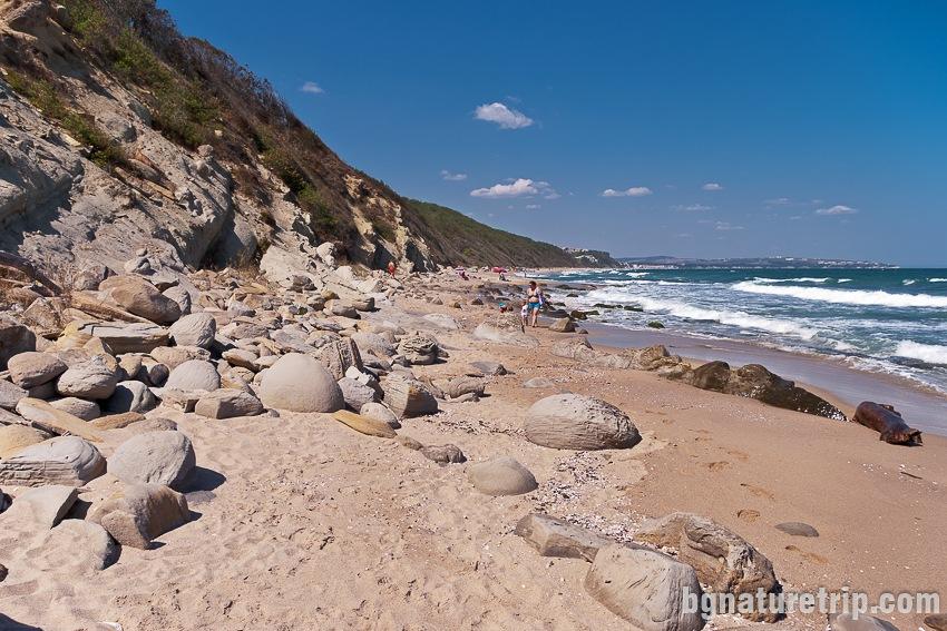 Заобикаляне на южния нос на Южен плаж Обзор