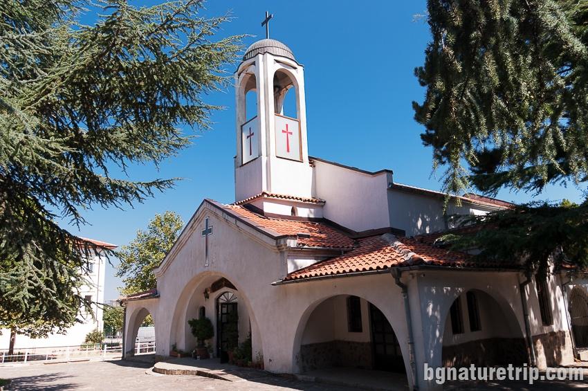 Църквата Св. Йоан Предтеча в Обзор